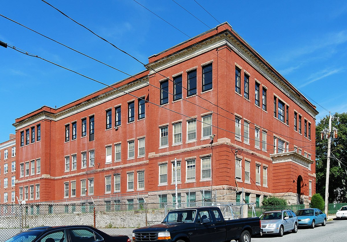 Notre Dame School (Fall River, Massachusetts) - Wikipedia