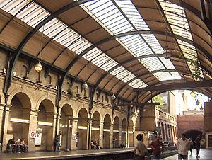 Notting Hill Gate tube station - Image: Notting Hill Gate 3
