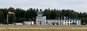 Pärnu Airport - Image: Pärnu airport terminal 20080610