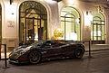 Pagani Zonda F Roadster, Hôtel Prince de Galles, Paris 2014.jpg
