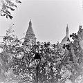 Paris 2016 10 12 Walk to Montmartre (66) (33760176826).jpg