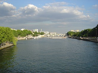 Pont d'Austerlitz - View from the Pont de Sully