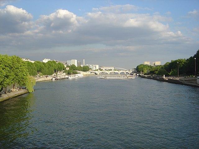 Река Сена. Париж