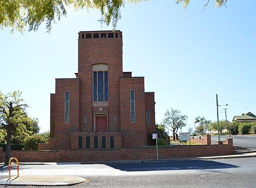 Parkes Roman Catholic Church 005