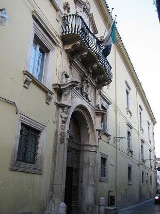 Penne, Abruzzo - Aliprandi Palace