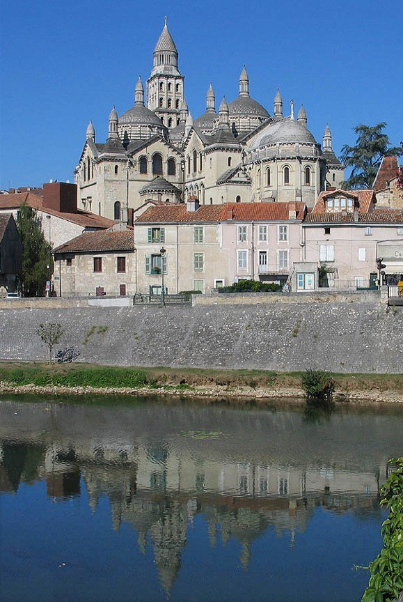 Perigueux Cathedrale Saint Front a