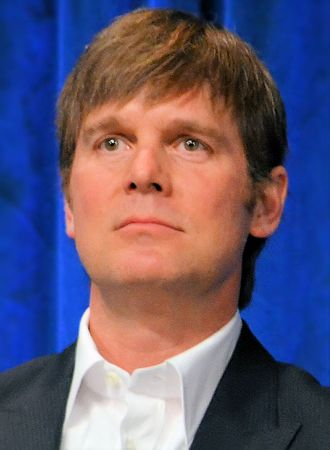 Peter Krause - Image: Peter Krause Paleyfest 2013 cropped lightened sharpened