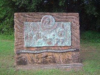 Butchulla - Image: Pialba Monument