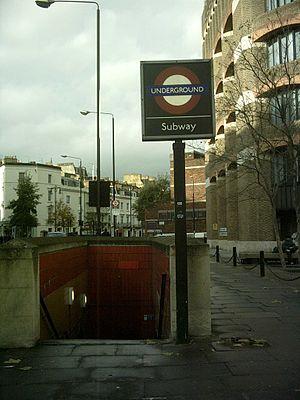 Pimlico tube station - Drummond Gate entrance
