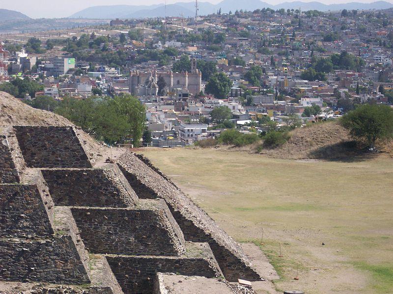 Archivo:PiramideCandTulaCity-Xicocotitlan-Hidalgo Mexico.JPG