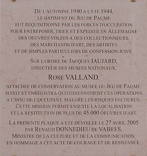 Rose Valland - Memorial plaque at the Galerie nationale du Jeu de Paume