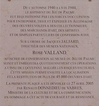 Rose Valland - Memorial plaque at the Galerie nationale du Jeu de Paume