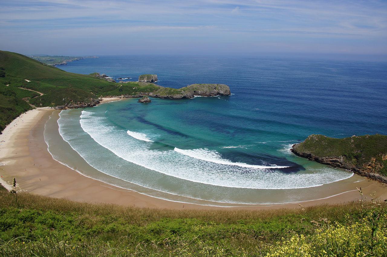 File:Playa de Torimbia, Llanes.jpg - Wikimedia Commons