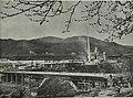Pogled na Tovarno cementa in salonita Anhovo z mostom v gradnji 1966.jpg
