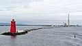 Poolbeg Lighthouse, Dublin Port (507239) (32894378821).jpg