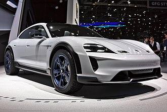 Porsche Mission E - Image: Porsche Mission E Cross Turismo I Genf 2018