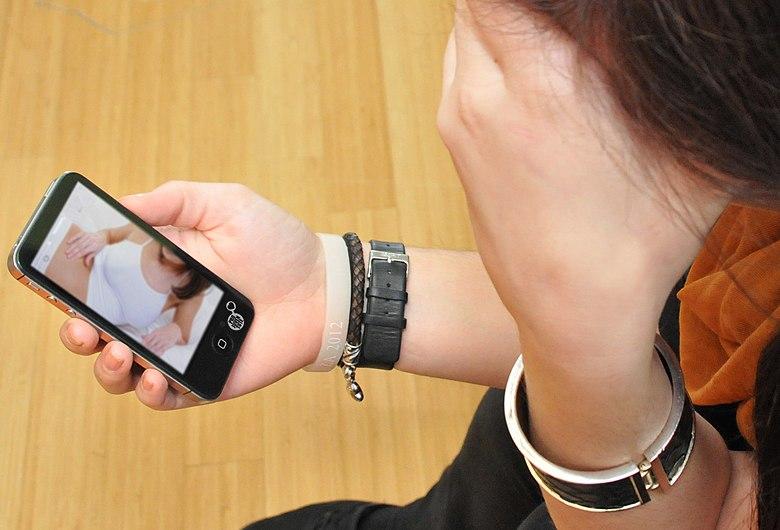 Pro Juventute Aufklärungskampagne 'Sexting' Themenbild 09 (10817138325).jpg