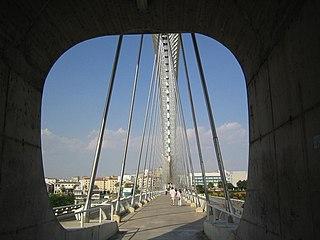 Puente Lusitania Merida a.jpg