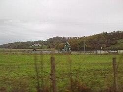 Puit de pétrole de Burosse-Mendousse.jpg