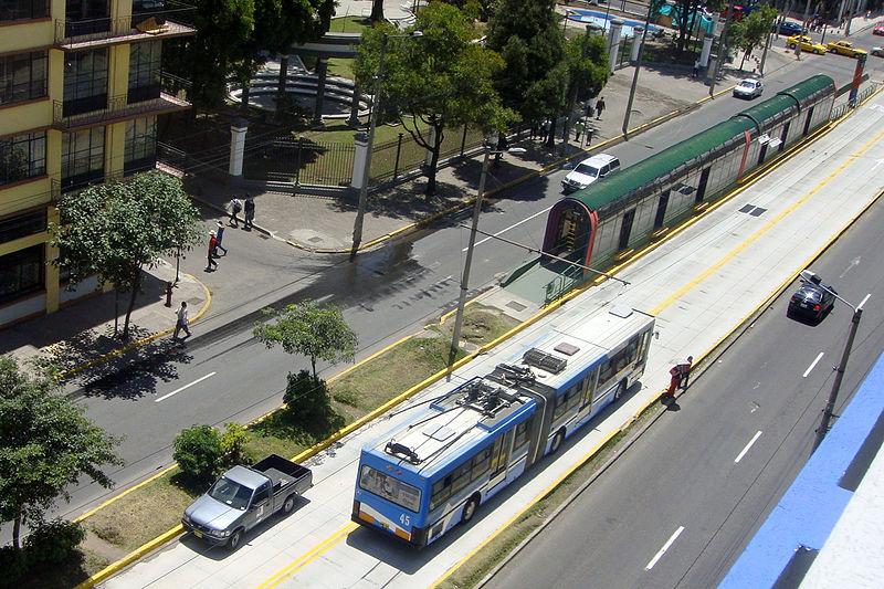 Transporte público no Equador