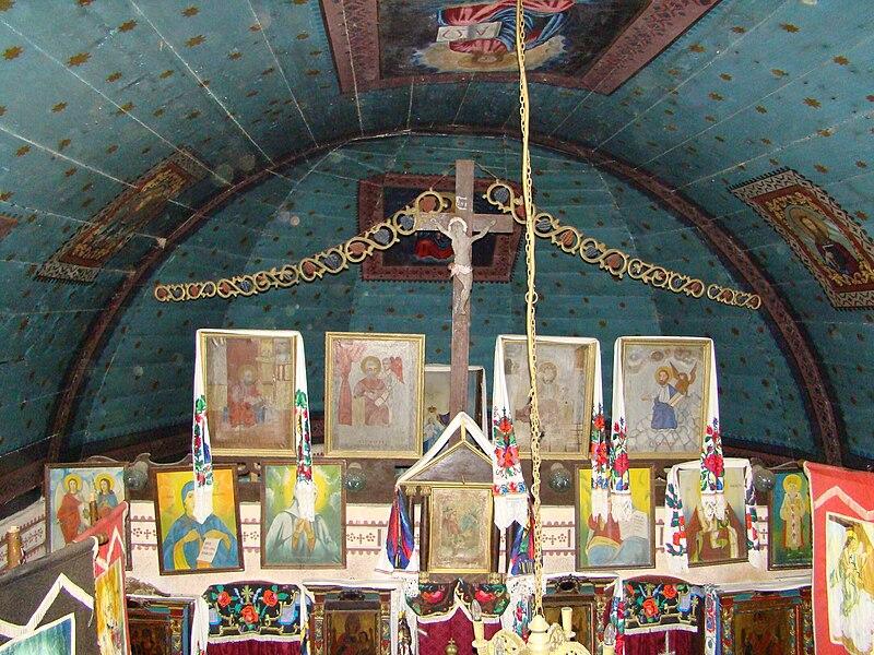 Fișier:RO MM Costeni St Nicholas wooden church 10.jpg