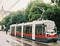 Rathausplatz, Vienna, Tram line J, tram type ULF A, July 2003.jpg