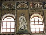 Ravenna, sant'apollinare nuovo, int., santi e profeti, epoca di teodorico 20.JPG