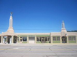 Restored Conoco station in Shamrock, TX IMG 6140.JPG