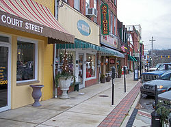 North Court Street in downtown Ripley in 2007