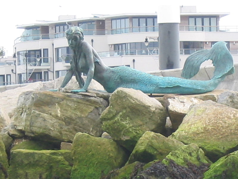 File:Royal Yacht Squadron Mermaid.jpg