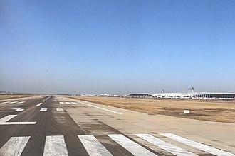 Zhengzhou Xinzheng International Airport - Runway 30L