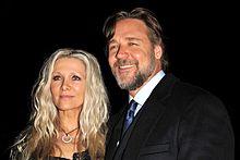 Russell Crowe con la moglie Danielle Spencer a Sydney nel 2011