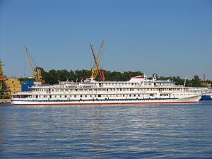 Ryleev on Khimki Reservoir 17-jun-2012 02.JPG