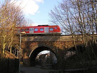 Homburg Railway - S5 S-Bahn train on Kirdorf Bach viaduct