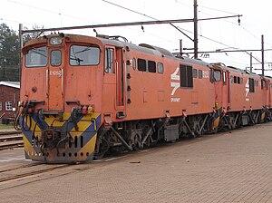 South African Class 6E1, Series 2 - No. E1252 at Sentrarand, 29 September 2009