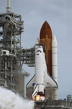 STS-134 launch 101.jpg