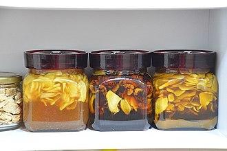 Ginger tea - Image: Saenggang cha 5