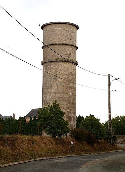 Saint-Georges-le-Fléchard (Mayenne, France); château d'eau