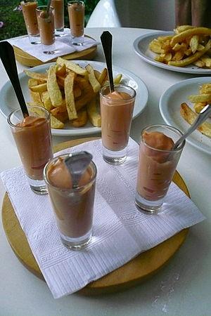 "Salsa golf - Salsa golf served at a ""taste-off"" in Buenos Aires"