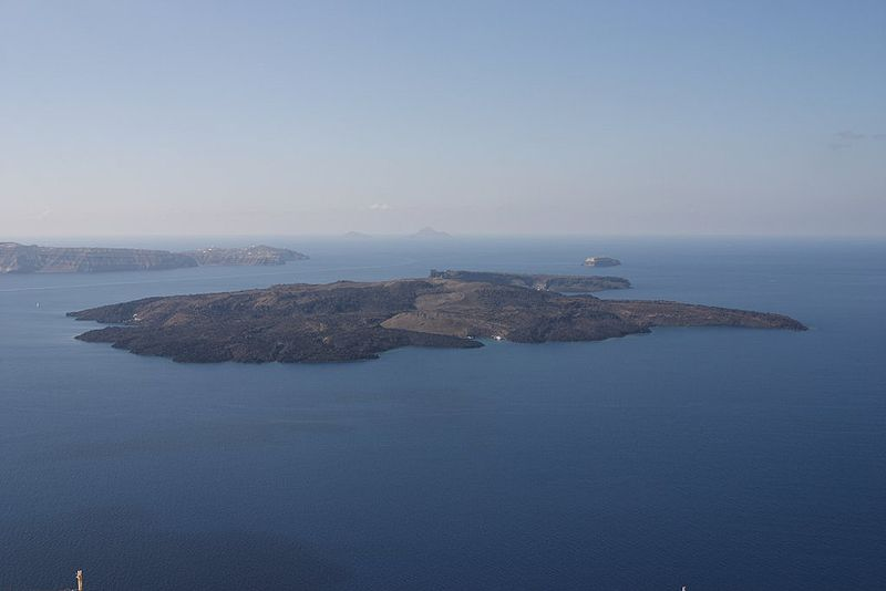 Le volcan Santorin ou Théra 800px-Santorini_Nea_Kameni_1