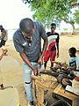 Sao Tome Carving 1 (16063113417).jpg