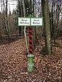 Schild Oberamtsgrenze Rottenburg-Tübingen im Wald bei Dußlingen.jpg