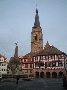 Schwabach Rathaus Stadtkirche.jpg