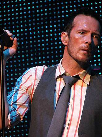 Scott Weiland - Weiland performing in 2009 July