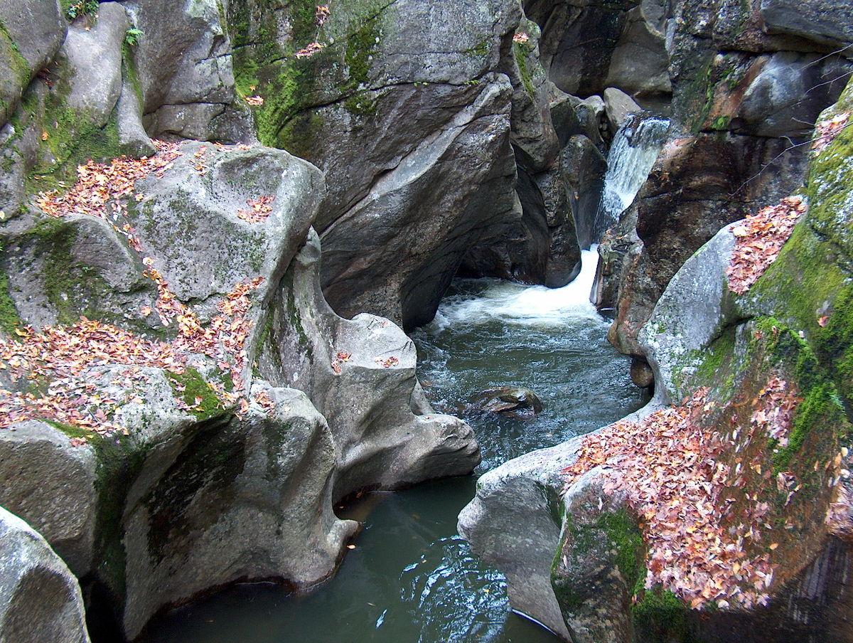 Natural River Rock : Sculptured rocks natural area wikipedia