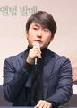 Seong-Jin Cho 20161116 02.png