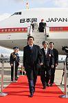 Shinzō Abe arriving at Brussels Airport.jpeg