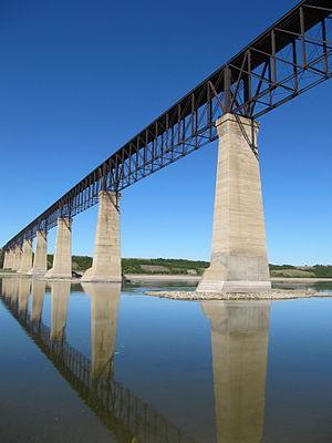 Outlook, Saskatchewan - Former railroad bridge Skytrail Bridge