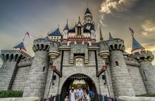 Sleeping Beauty Castle at Hong Kong Disneyland, 2013-09-22.tif
