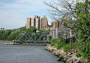 Spuyten Duyvil Bridge - Image: Spuyten Duyvil Bridge from Inwood Hill Park